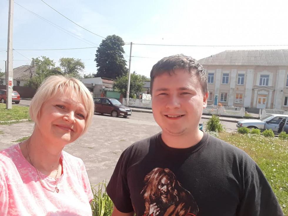 Олена Твердохліб з луківчанином Олександром Нишпоруком