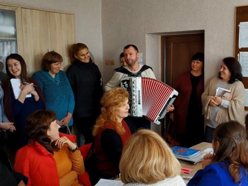 Турійська школа отримала новий музичний інструмент