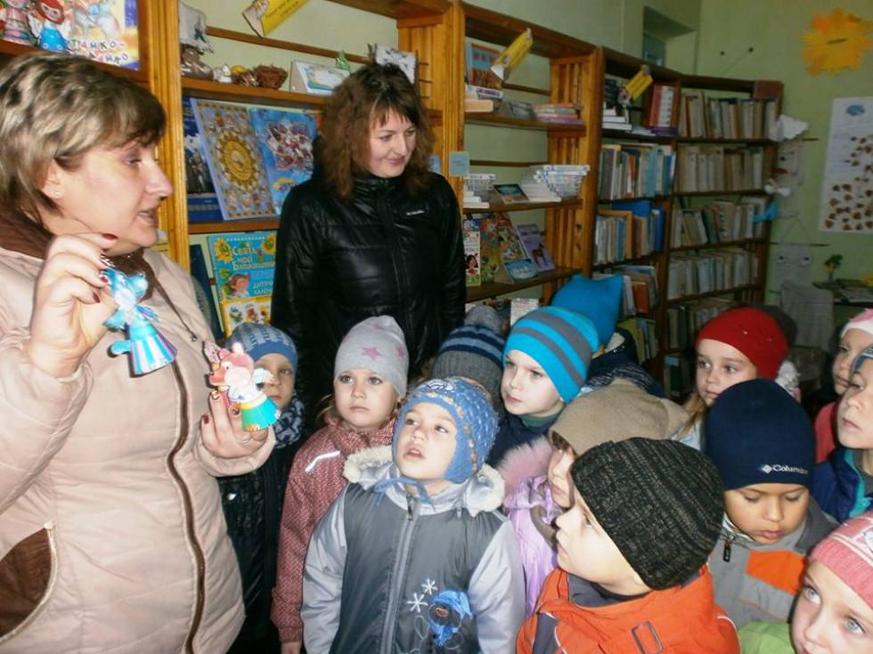Вихованці Луківського ДНЗ у Луківській бібліотеці