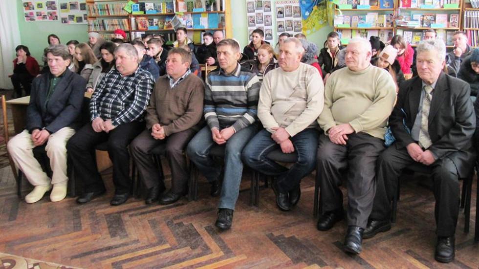 В Турійській бібліотеці вшанували воїнів-афганців.
