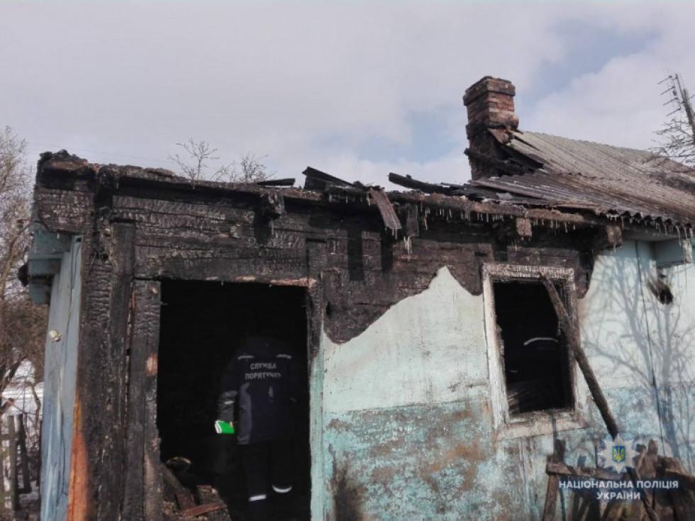 Житель села Літин вбив пенсіонерку та підпалив її помешкання.