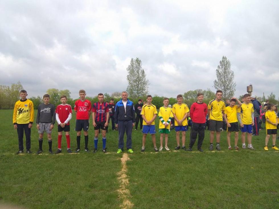 Турійщина: серед школярів провели футбольні змагання «Шкіряний м'яч»
