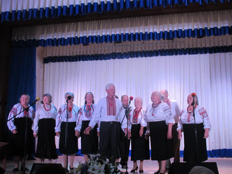 Колектив «Зорепад» взяв участь у пісенному фестива