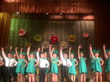 Школярі Турійського району продемонстрували таланти на звіті художньої самодіяльності