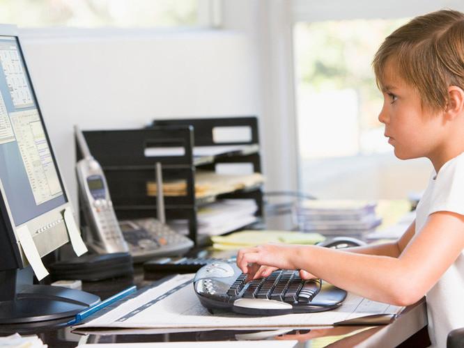 Для Нової української школи на Турійщині хочуть придбати ноутбук