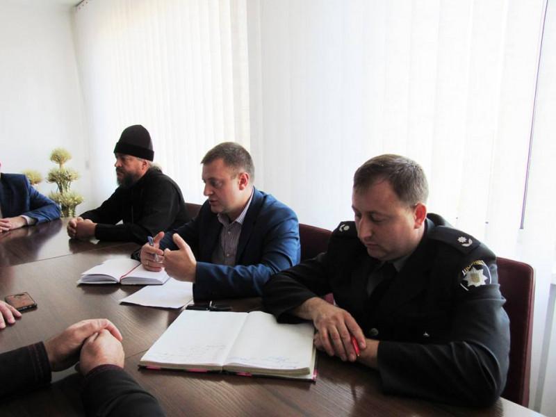 Представники Турійського відділення поліції провели робочу зустріч зі священнослужителями.