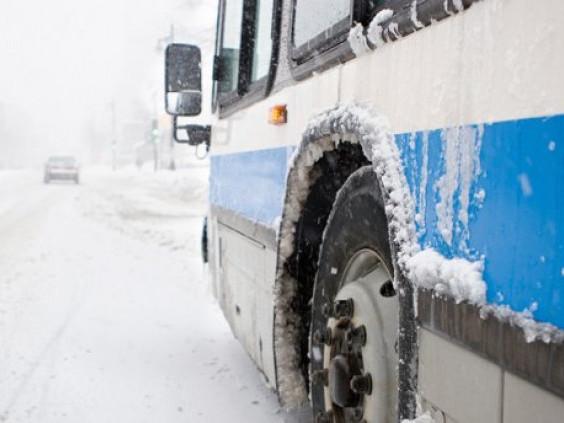 Автобус«Луцьк – Турійськ» на півдорозі потрапив у замет