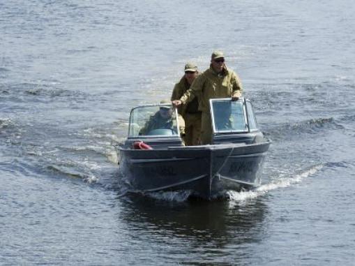 Інспектори рибоохоронного патруля