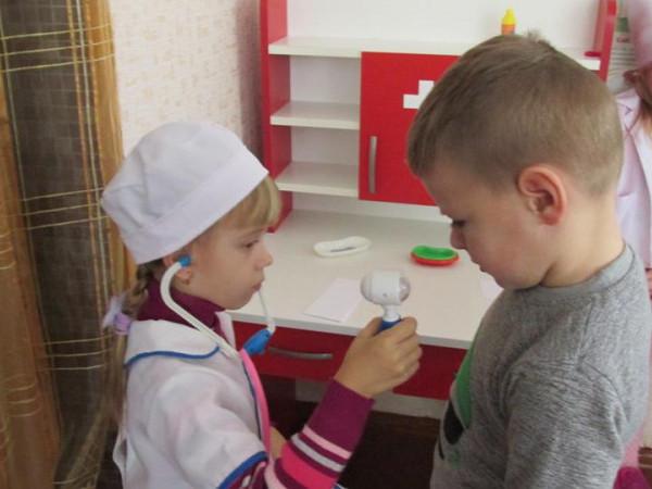 У Турійську діти на день стали лікарями, перукарями, водіями та музикантами