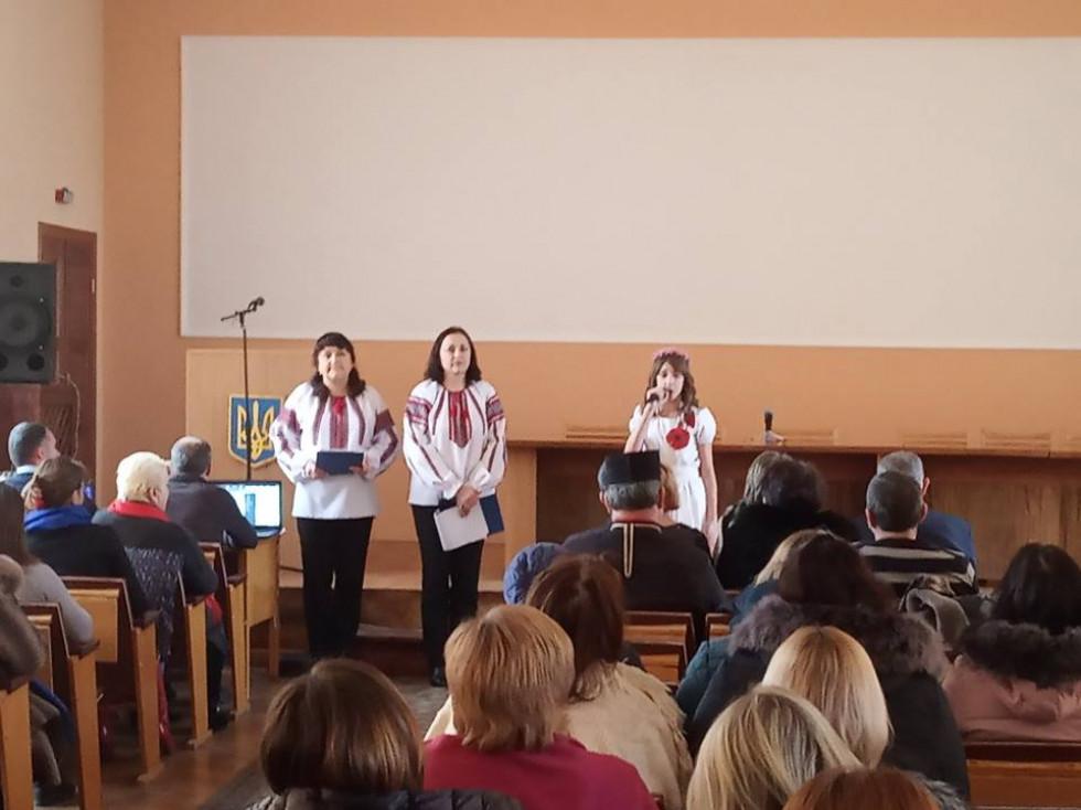 Активну участь в урочистостях взяли також учні 8-10 класів Турійської загальноосвітньої школи