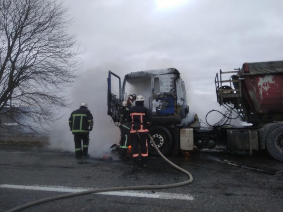Вогонь знищив кабіну водія