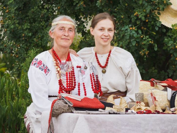 Валентина Якимович з донькою