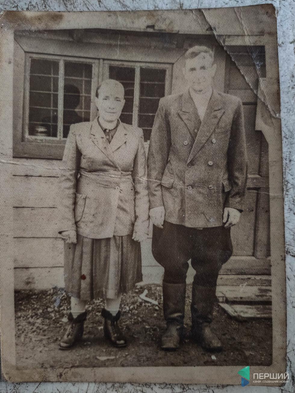 З дружиною під час відбування покарання