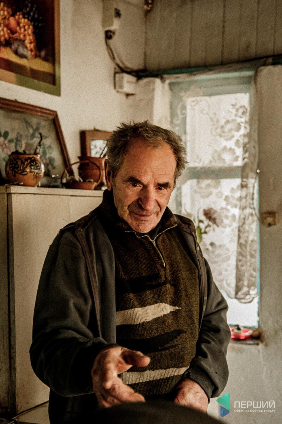 Йосип Зламанець - один із тих, кого конфлікт 43-44 років лишив без мами, та й без батька...